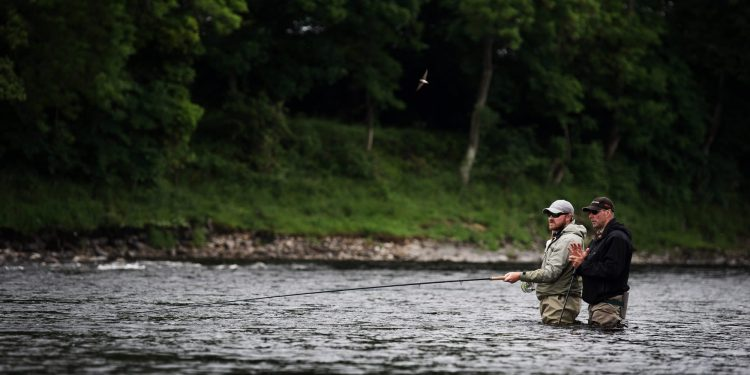 River Tay, salmon fishing trips Scotland, Orvis guided fishing, River Tay, salmon fishing, Scotland, Scone fishing, fishing guide, Mackenzie Fly Rods, fly fishing, harling, spinning, spin casting, Atlantic Salmon. Salmon Flies, Salmon rivers near, Perth, Edinburgh, Glasgow, UK