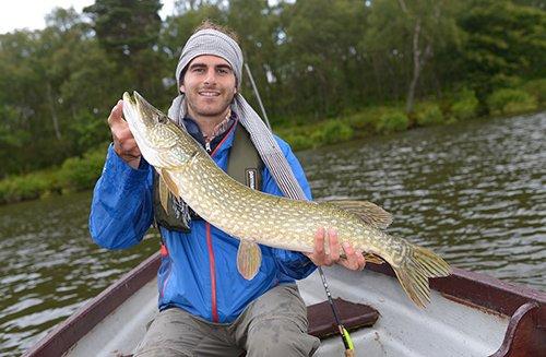 pike, lure fishing, predator fishing, pike guide, Edinburgh, Scotland