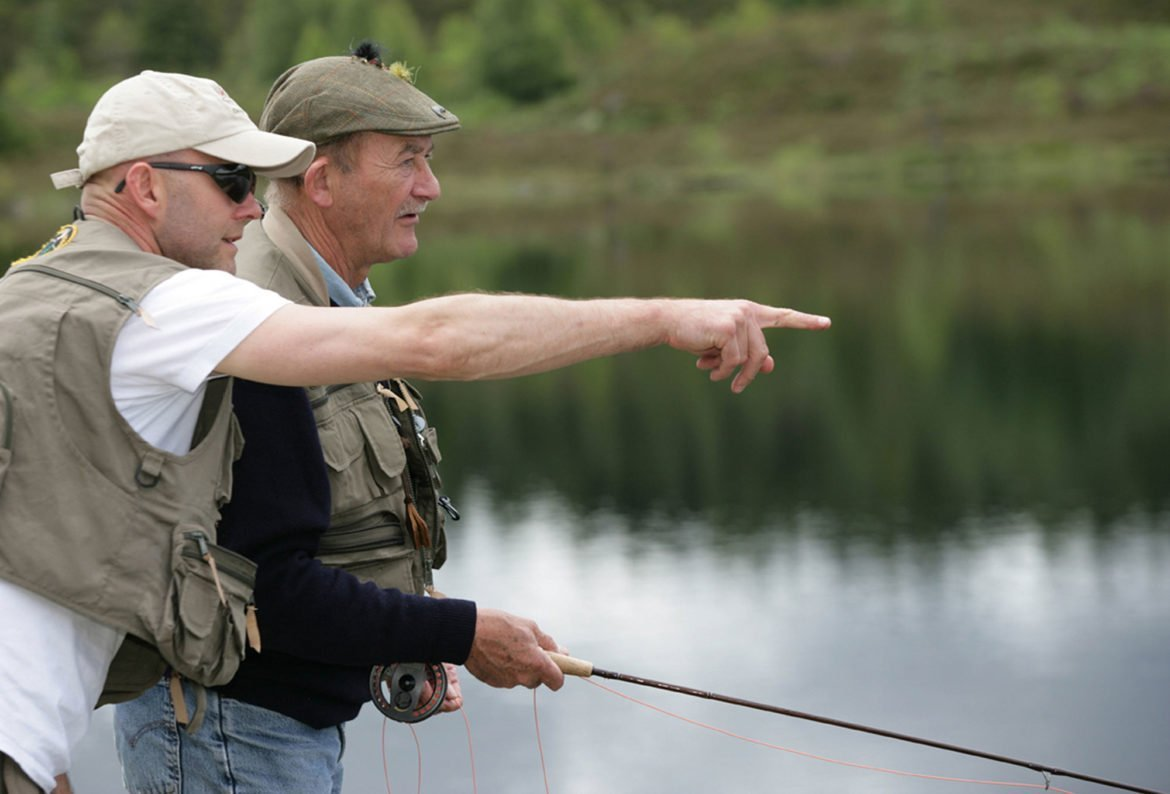fishing for beginners, fishing gift vouchers, learn to fly fish, fishing school, orvis guide, teach flyfishing, unique gift ideas scotland, hooked on Scotland, Paul Young, trout fishing for novices