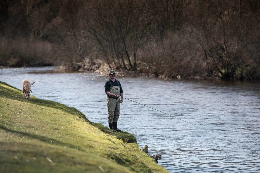 river Dee, salmon fishing, alba game fishing,