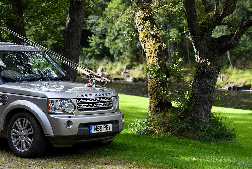 Land Rover, discovery, River Spey, salmon fishing, fishing guide, Pitchroy