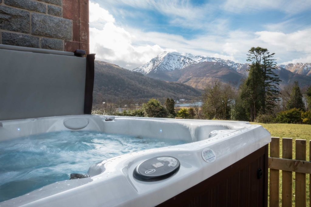 River Lochy, Hot Tub, River Garry, Glencoe, Fishing, luxury, luxuryscotland, west coast, salmon, trout, River Lochy, River Awe, River Orchy, 5 star, romantic hotel