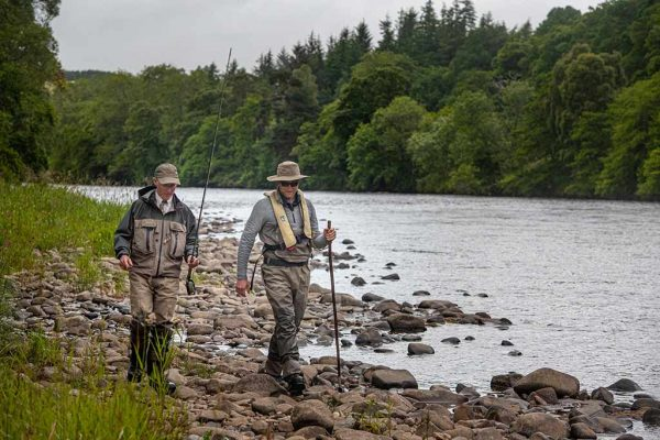 River Spey, Ghillie, fishing guide, salmon fishing, Ballindalloch, spey casting, beginners, guide,