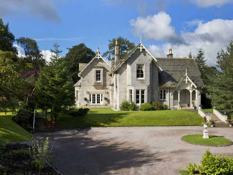 Fly Fishing, accommodation, Scottish Borders, Peebles, River Tweed, Fishing Guide, 5 star accommodation, thistle awards, near Edinburgh, rural, Alba Game Fishing
